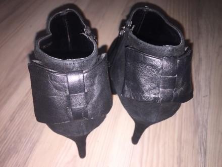 черные замшевые ботинки ботильоны американского бренда Dolce Vita на шпильке с о. Киев, Киевская область. фото 8