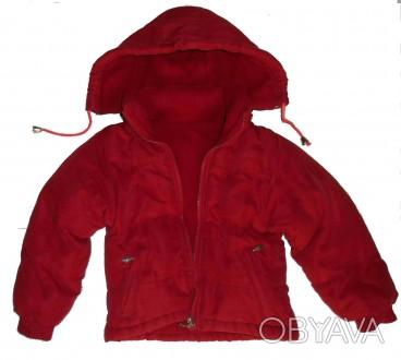 Теплая детская красная куртка с капюшоном