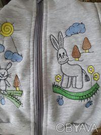 Трикотажный комплект состоит из джемпера, жилетки и штанишек. Удобный джемпер из. Малин, Житомирская область. фото 6