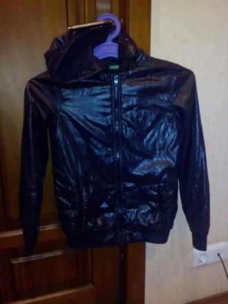 Демисезонная курточка на девочку р. 140 Benetton. Харків. фото 1
