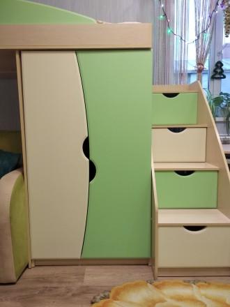 Продам меблі для дитячої кімнати: ліжко-гірка, сходи, дві шафи, пенал, тумба, ст. Здолбунов, Ровненская область. фото 4