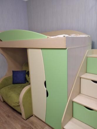Продам меблі для дитячої кімнати: ліжко-гірка, сходи, дві шафи, пенал, тумба, ст. Здолбунов, Ровненская область. фото 5
