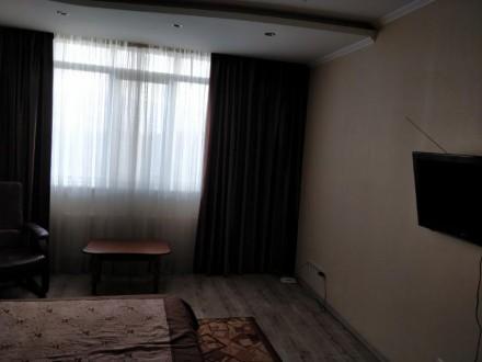 Нов. дом в районе Малиновского базара.. Совремнна квартира. Большая кухня с барн. Малиновский, Одесса, Одесская область. фото 6