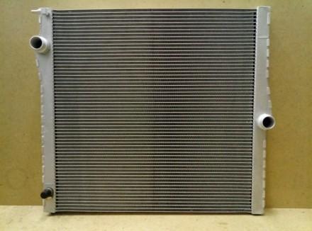 BMW X5 E70 (07-) X5 30si радиатор охлаждения 60825 = 205108-1 пр-во Polcar Polan. Киев, Киевская область. фото 2