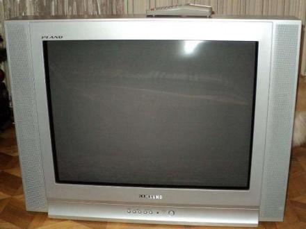 Samsung 72см плоский экран, светлый корпус, о/с! 1900г; Херсон. Viber 0934759000. Херсон. фото 1