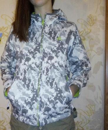 Спортивная лёгкая куртка на подростка. Харьков. фото 1
