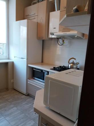 Сдаётся 2-х Комнатная квартира в центре для тех кто любит всегда быть в центре . Черкаси, Черкасская область. фото 3