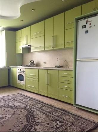 Продається будинок на таращанському масиві,загальна площа становить 290м2, 12 со. Таращанский, Белая Церковь, Киевская область. фото 2