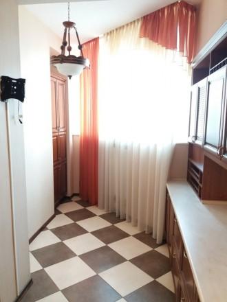 Продам 3-х комнатную квартиру по ул. Любарского д. 36.  Кирпичный дом 2006 года . Днепр, Днепропетровская область. фото 7
