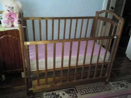 Продам кровать детскую с матрасом. Киев. фото 1