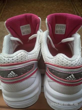 Крассовки Adidas (Оригинал) б/у 2 пары. Черновцы. фото 1