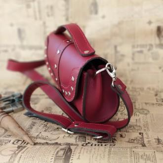 Удобная, надежная сумка из плотной кожи . В сумке 3 отделения . Внутри  черная к. Одесса, Одесская область. фото 5