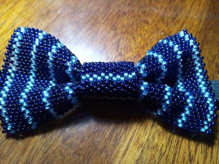 галстук-бабочка для мальчика 10х5 см из чешского бисера ручной работы, выглядит . Кривой Рог, Днепропетровская область. фото 2