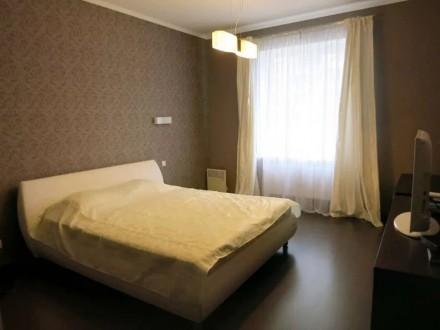 Сдам свою 3-комнатную квартиру (кухня совмещена с гостиной, две спальни) в Киеве. Киев, Киевская область. фото 6