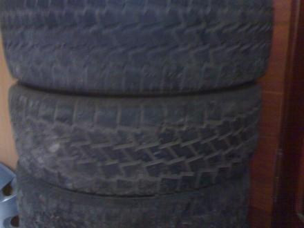 Резина з дисками Р-16/215/65/-С Махсіс,ковпаки 500 грн.срібні,чорні 390 грн. на . Львов, Львовская область. фото 2