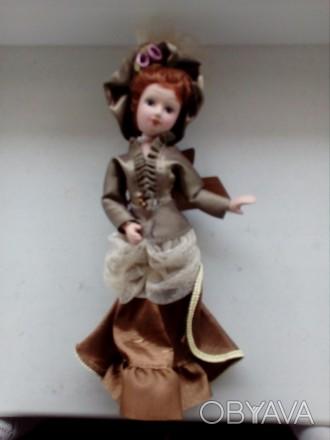 Продам куклу форфоровую ножки и руки, голова крутятся.. Чернигов, Черниговская область. фото 1