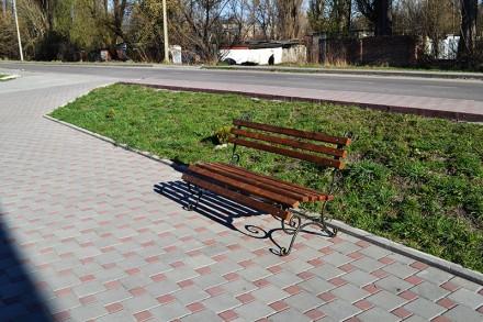 Материал боковин: труба 15х15mm. Габариты: 2000х650mm. Высота 860mm. Краска: т. Киев, Киевская область. фото 3
