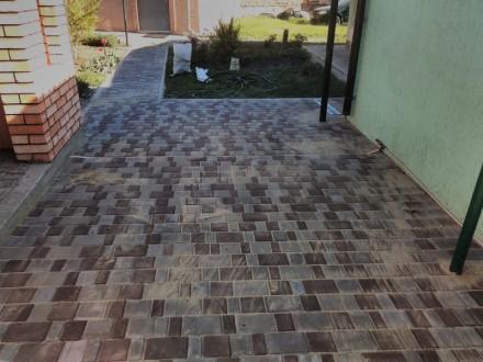 Укладка тротуарной плитки. Мариуполь. фото 1