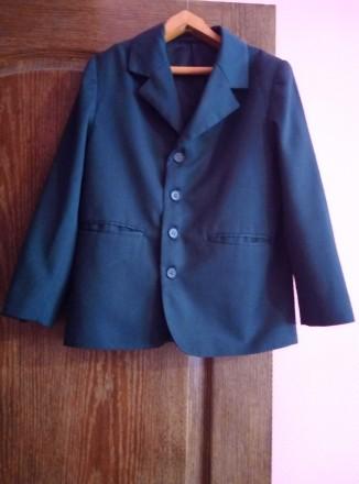 Пиджак школьный зеленый для мальчика 8-9 лет. Сумы. фото 1