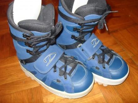 Cноуборд ботинки Dee Luxe , 42 размер ( 28 см ). Киев. фото 1
