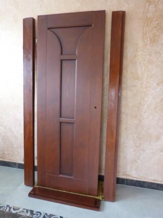 двери новые с луткой ,с петлями.,левое открывание.. Винница, Винницкая область. фото 2