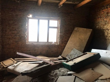 Продаж частини будинку, 4 сотки землі,спільний прохід(сервітут)  3кімнати +кухня. Белая Церковь, Киевская область. фото 5