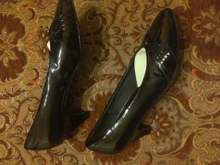 Нові лакові туфлі чорного кольору. Львов, Львовская область. фото 3