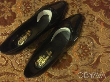 Нові лакові туфлі чорного кольору. Львов, Львовская область. фото 1