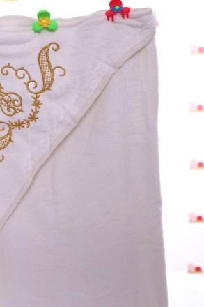 Крыжма с уголком Крыжма с уголком и символичной вышивкой размером 90*90 см, на о. Мариуполь, Донецкая область. фото 5