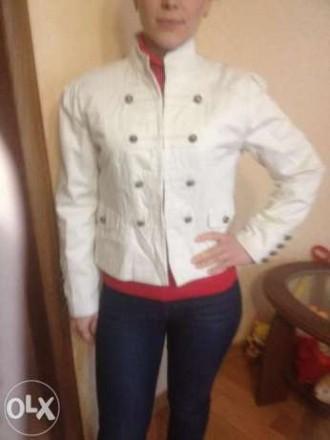 Продам модный фирменный DENIM светлый пиджак гусарский на металический крючках с. Кропивницкий, Кировоградская область. фото 5