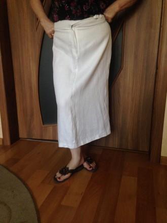Продам красивую юбку лен сзади высокая шлица, на передней полочке молнии застежк. Кропивницкий, Кировоградская область. фото 2