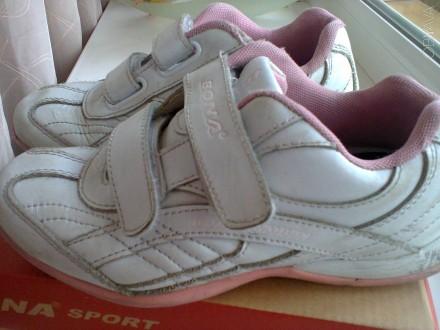 Продам кроссовки для девочки. Чернигов. фото 1