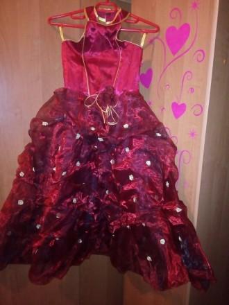 шикарное пышное платье, одето один раз на утренник,отличное состояние,открытая с. Одесса, Одесская область. фото 4