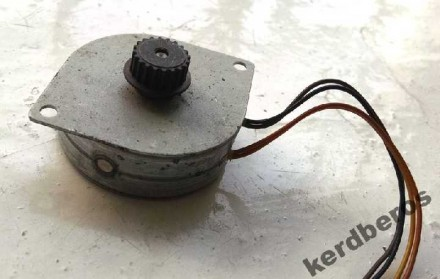 Электродвигатель шаговый QH4-4252 SMB40-9638-A. Драбов, Черкасская область. фото 3