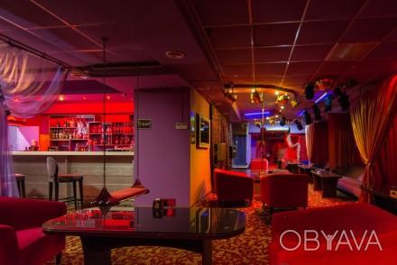 Стриптиз бар в центре ночной клуб ростов на дону цены на