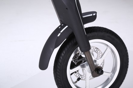 Новейший электрический двухколесный скутер TRIAD К1 класса hi-tech.  Корпус из . Киев, Киевская область. фото 5