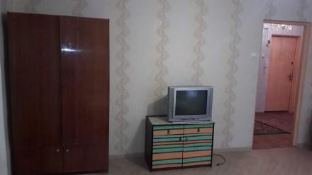 Сдам 1-комнатную на Королева/р-к Южный. Квартира в хорошем состоянии, МП окна и . Таирова, Одесса, Одесская область. фото 4