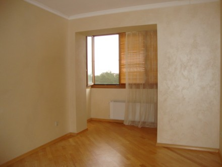 Достойная для жизни и внимания 2-х комнатная раздельная квартира по улице Генера. Киев, Киевская область. фото 10