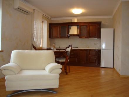 Достойная для жизни и внимания 2-х комнатная раздельная квартира по улице Генера. Голосеево, Киев, Киевская область. фото 7
