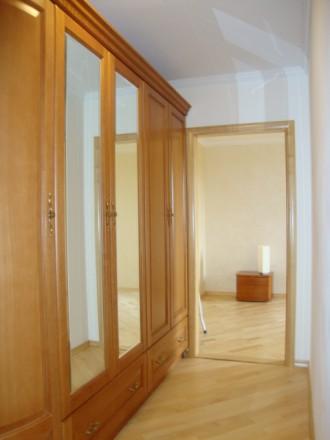 Достойная для жизни и внимания 2-х комнатная раздельная квартира по улице Генера. Голосеево, Киев, Киевская область. фото 9
