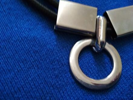 Стильные  колье из белого металла на  шнуре. Стоимость от 50 до 100 грн. Все вме. Днепр, Днепропетровская область. фото 10