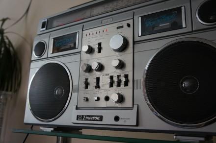 Emerson CTR-966 Deluxe Portable type AM/SW1/SW2/FM MPX Stereo Dual Cassette Rec. Черновцы, Черновицкая область. фото 8