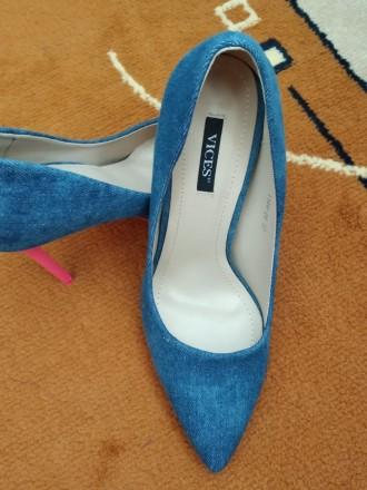 Джинсовые туфли Vices Очень красивые туфли на шпильке. Джинсовый верх красиво с. Каменец-Подольский, Хмельницкая область. фото 5