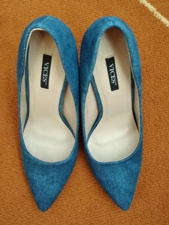 Джинсовые туфли Vices Очень красивые туфли на шпильке. Джинсовый верх красиво с. Каменец-Подольский, Хмельницкая область. фото 3