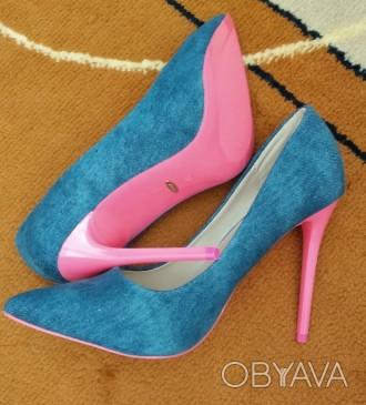 Джинсовые туфли Vices Очень красивые туфли на шпильке. Джинсовый верх красиво с. Каменец-Подольский, Хмельницкая область. фото 1