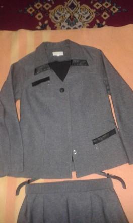 деловой костюм (пиджак/юбка) 44 размер. Днепр. фото 1