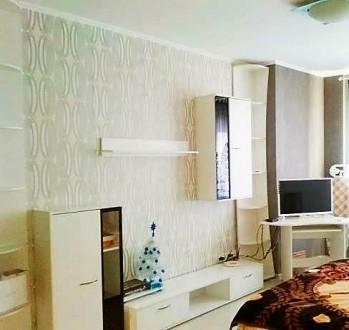 Сдам 1-комнатную в ЖМ Радужный. Капремонт, красивая, светлая, вход в комнату- ар. Таирова, Одесса, Одесская область. фото 2
