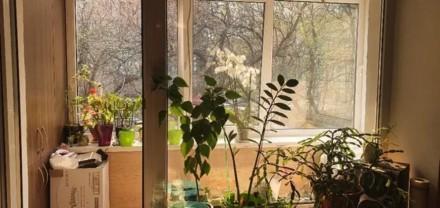 2к квартира по улице Голосеевский проспект 91, возле метро ВДНХ.    Дом во дворе. Киев, Киевская область. фото 4