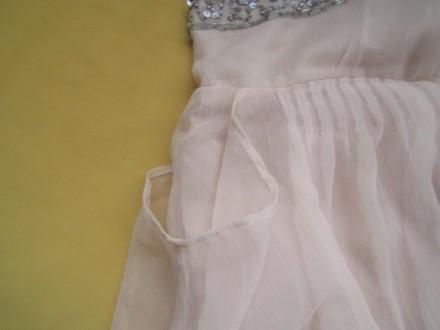 Новое красивенное пудровое платье с удлинёнными боками и красивой вышитой спинко. Пирятин, Полтавская область. фото 5