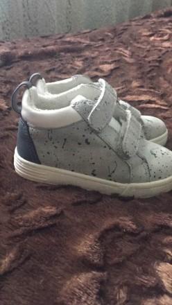Ботинки, кроссовки Zara для мальчика размер 21.. Запорожье. фото 1